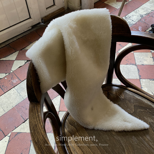 119 Chaud Shearling Scarf (Pre-order)