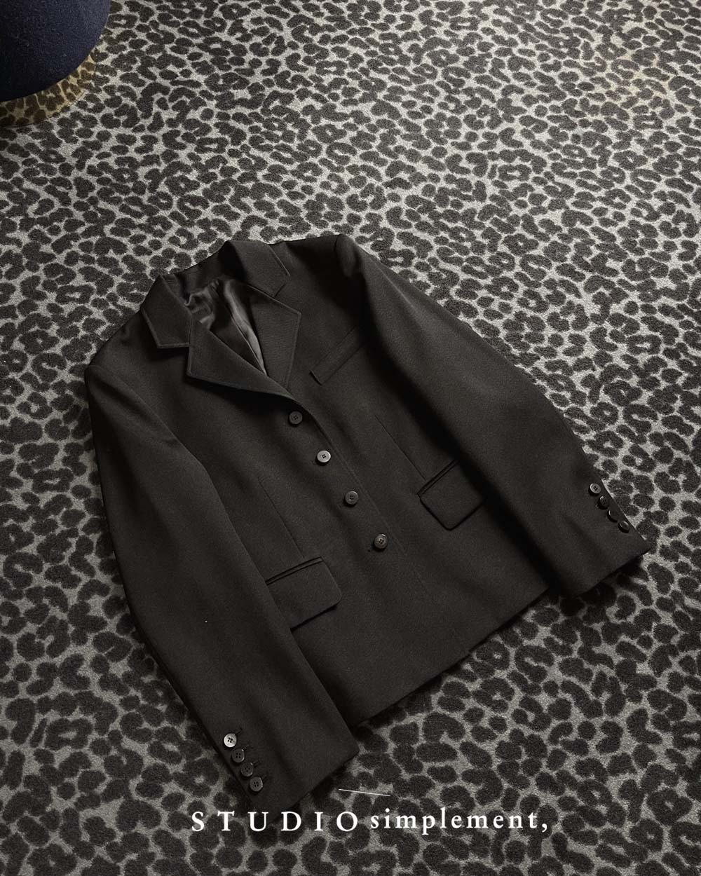 181 Carolyn Jacket in Black